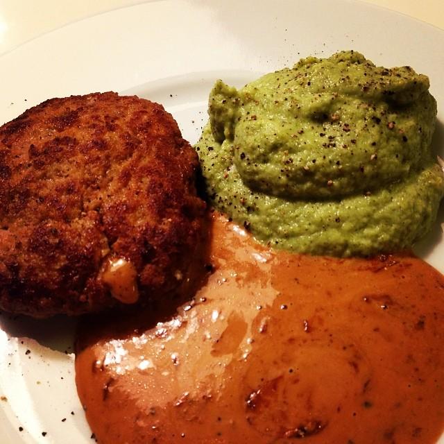 Pannbiff, broccolimos och brunsås! #lchf #lchf10veckor