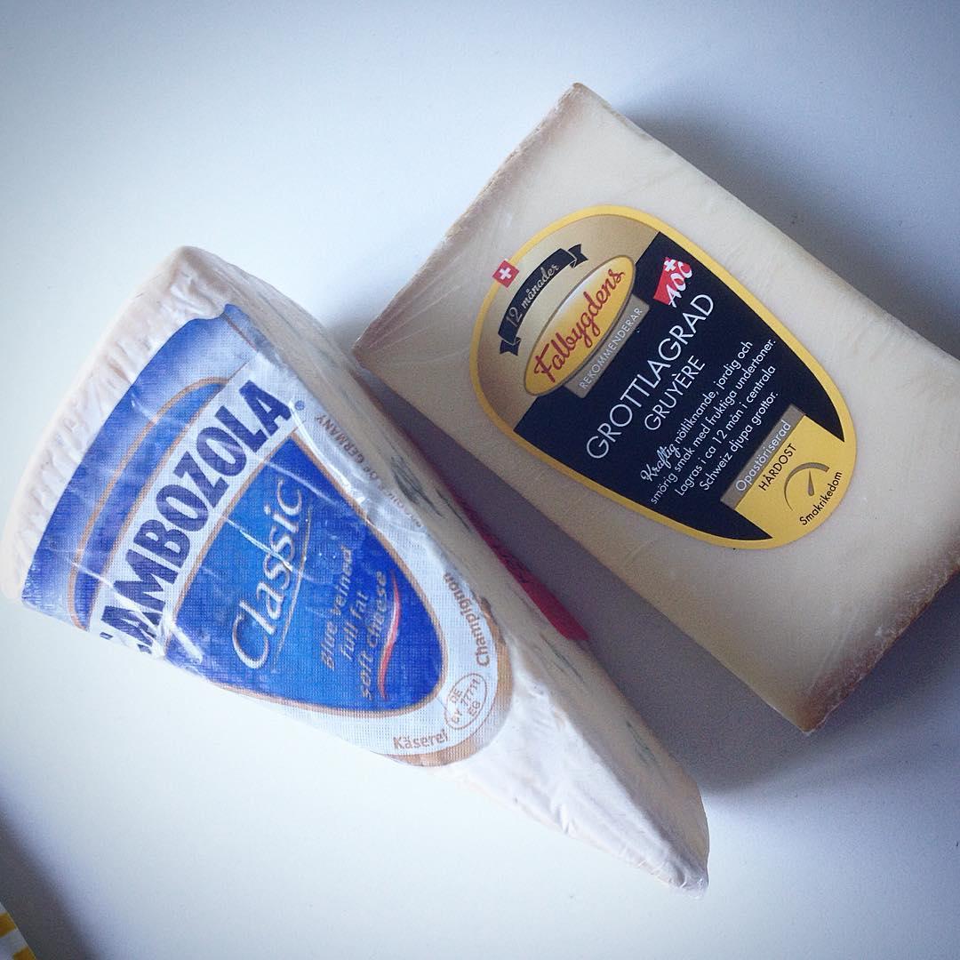 Ikväll blir det ost... Och jag hoppas att mitt humör blir bättre snart! Måste bli bättre på att släppa saker som jag inte kan påverka 😏