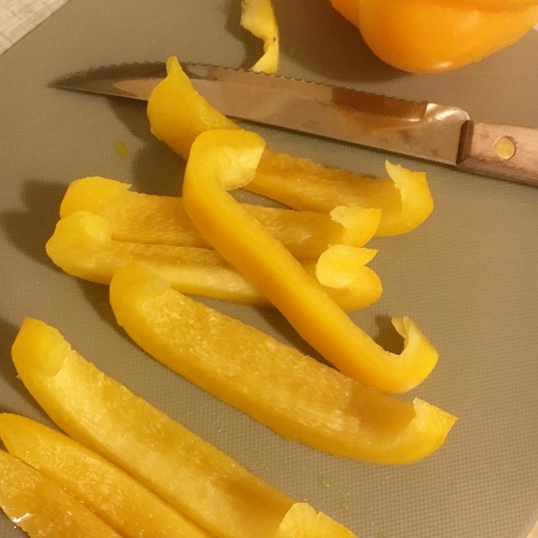 När man varit sockerfri (och även fri från andra snabba kolhydrater/kolhydratrika livsmedel) smakar ju paprika som godis!